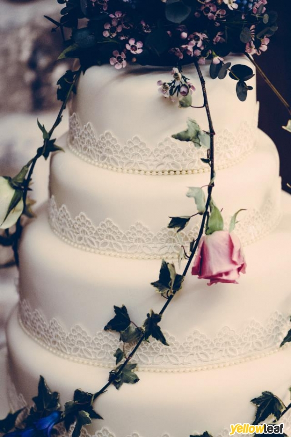 Cake Art Opening Hours : Contemporary Wedding Cakes in Pontyclun, Ice As Nice ...