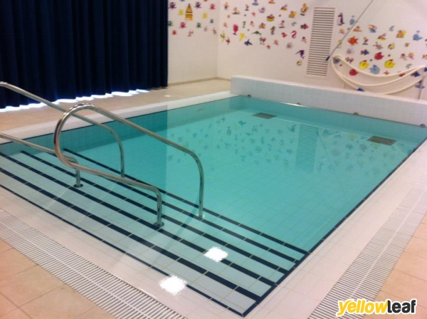 Swimming Lessons In Hindhead Tadpole Tots Reviews Opening Times Uk