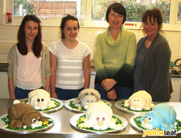 Cake Decorating Course Worcester : Wedding Ice Sculptures in Worcester, Sweetart.co.uk ...